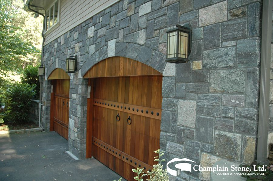 Private Residence In New York Featuring Corinthian Granite With Images Stone Quarry Landscape Projects Natural Stones