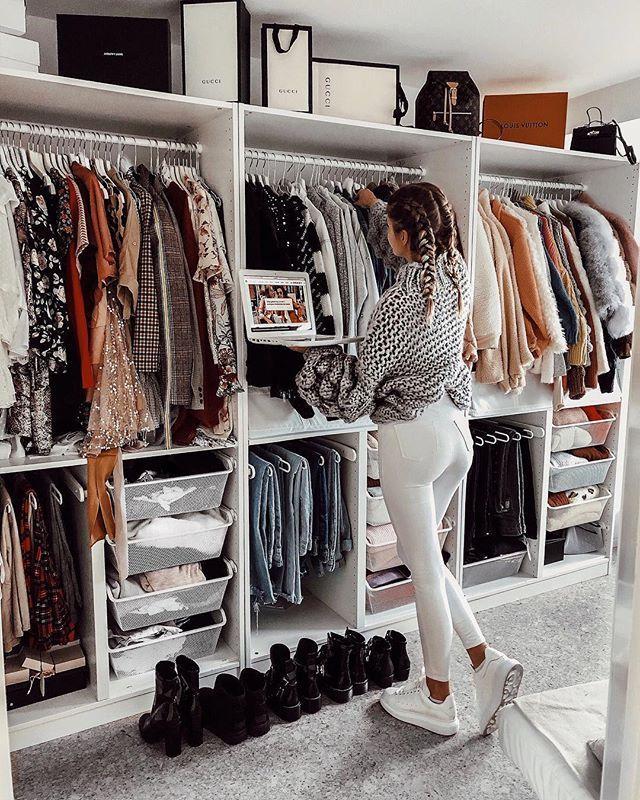 """Photo of Sophia Schönherr on Instagram: """"*werbung CLOTHES, CLOTHES, CLOTHES EVERYWHERE 🤦🏼♀️ (Auch die Chillklamotten inklusive 😂), aber man möchte immer mehr haben, da man ja NIE…"""""""