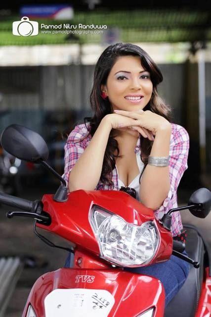 Sinhala heiße Mädchenfotos