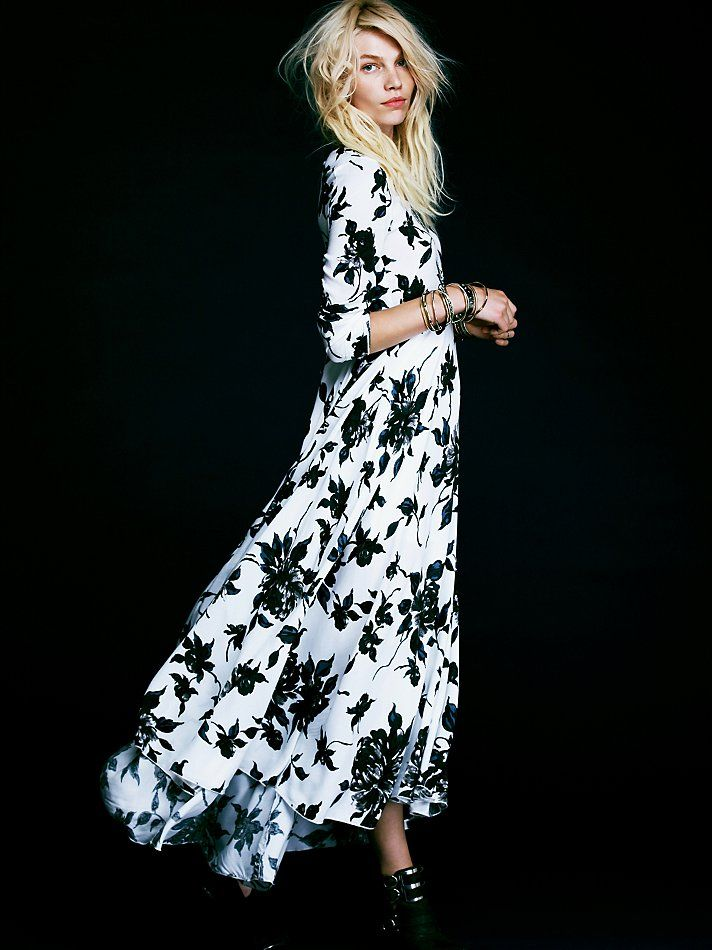 68433f7d8232 Free People First Kiss Print Maxi Dress at Free People Clothing Boutique