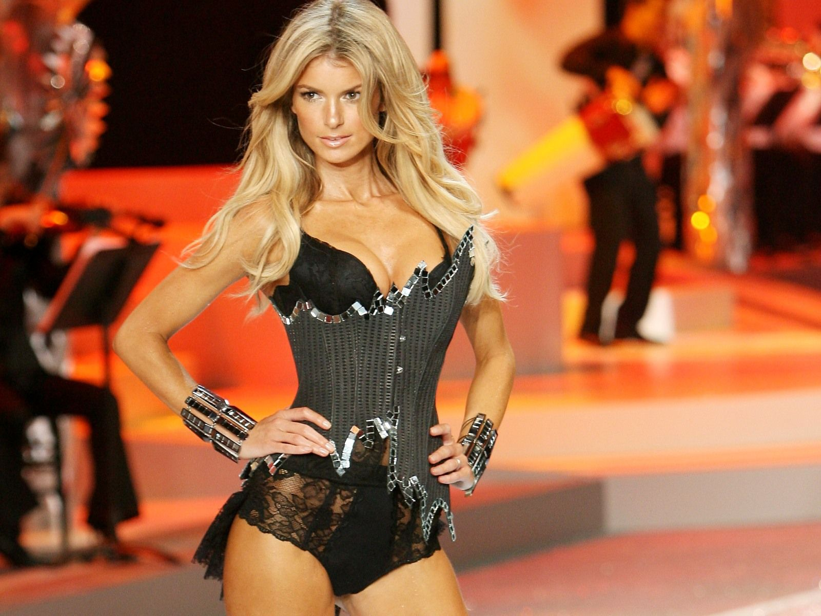 Pin by Claire Perkins on Marisa Miller | Pinterest ...
