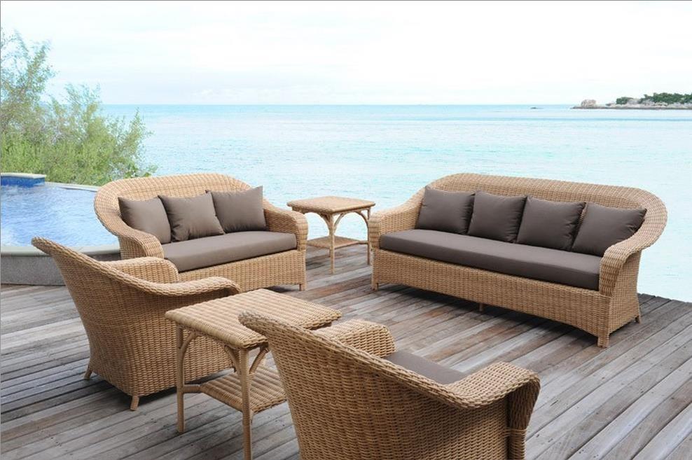 outdoor brown living room by tectona salon dextrieur en fibre rotin taupe par - Salon Rotin Pour Veranda