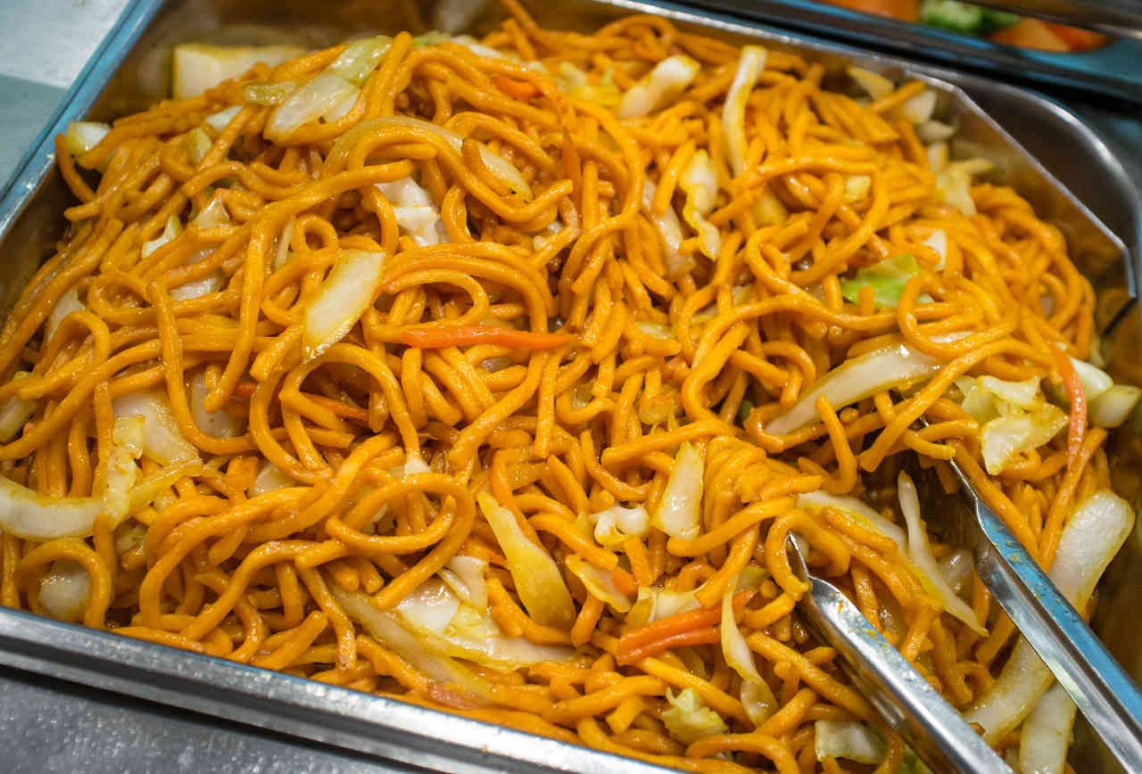 19 Signs You Re In A Bullsh T Chinese Restaurant American