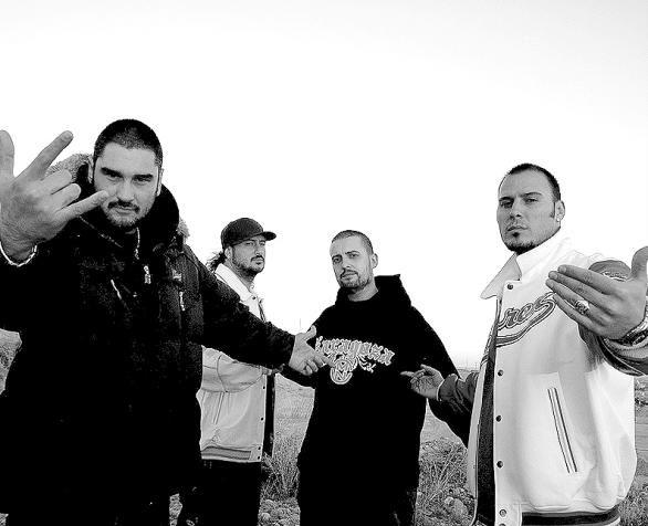 Hip hop · Es uno de los grupos de música rap. Es un grupo compuesto por 5  cantantes