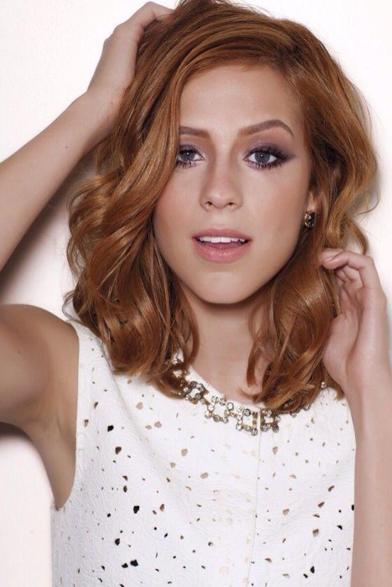 Brazilian actress's Sophia Abrahão makeup artist: André ...
