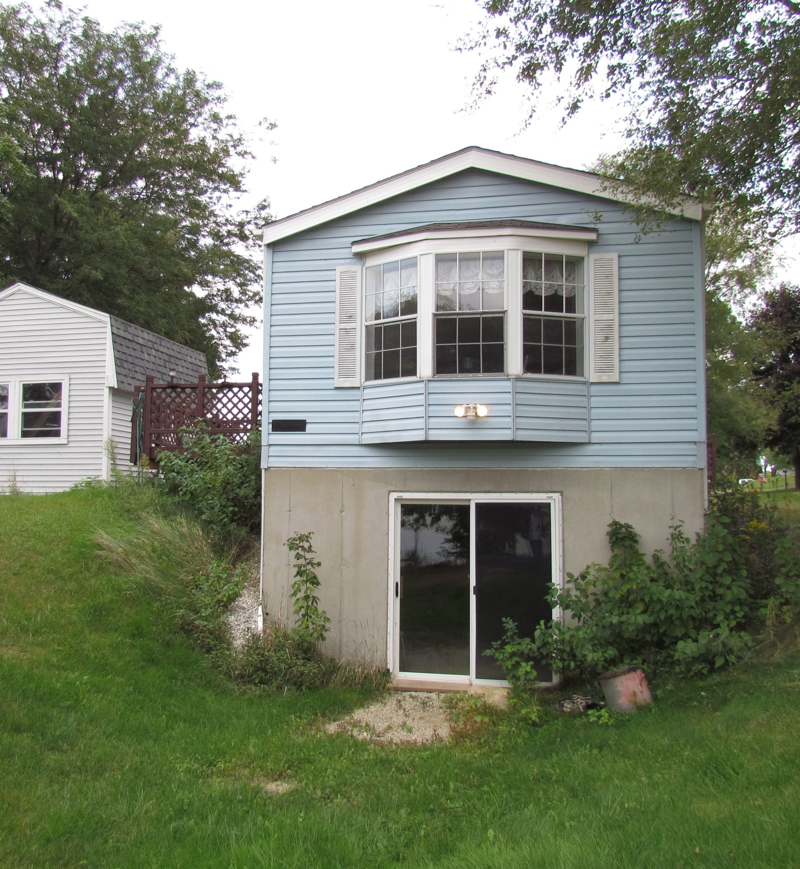 The Whim A Single Wide Remodeled with Cedar Shake Siding Part 2