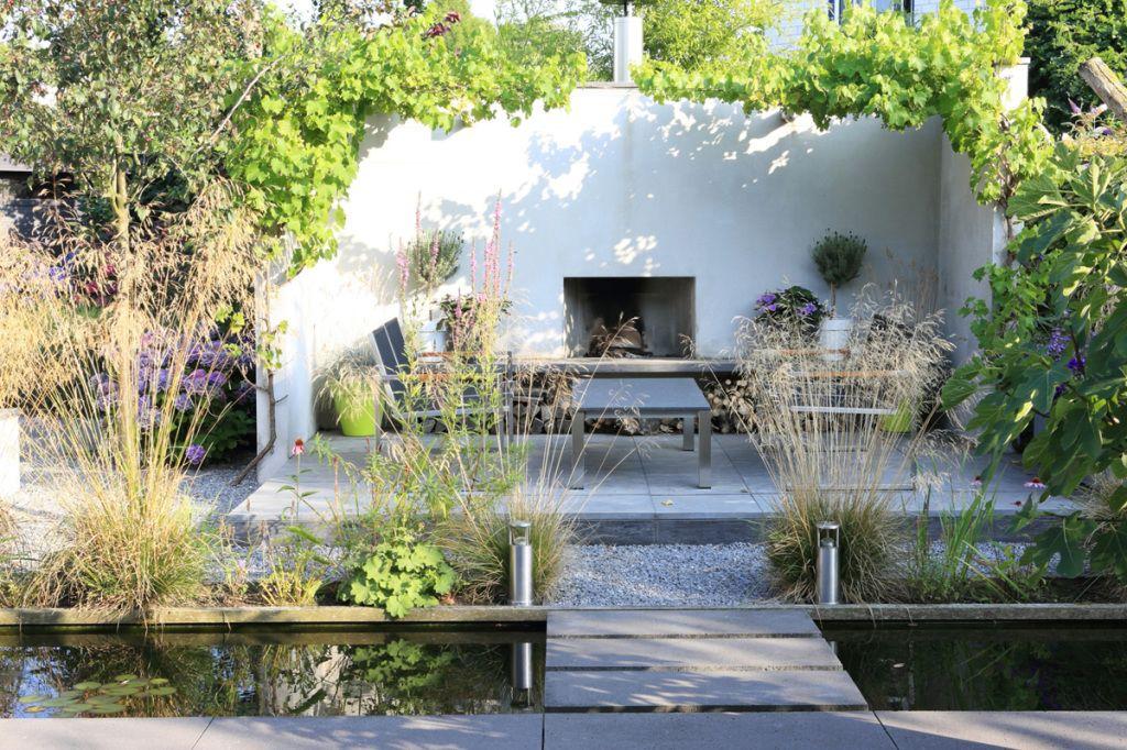 Huur tuinarchitect karin van den boven uit west hoogland for Tuinarchitect modern strak