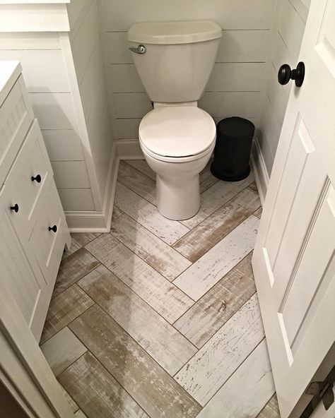 Beautiful Rustic Farmhouse Bathroom Home Decor These Unique Floors Will Add Style To Anyr Bathroom Remodel Master Small Master Bathroom Small Bathroom Remodel