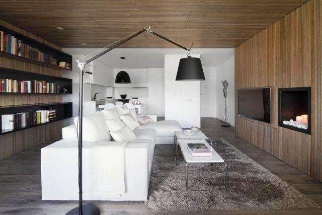Wohnzimmer-Pur-Weiß-Sitzmöbel-Gemütliche-Wandverkleidung