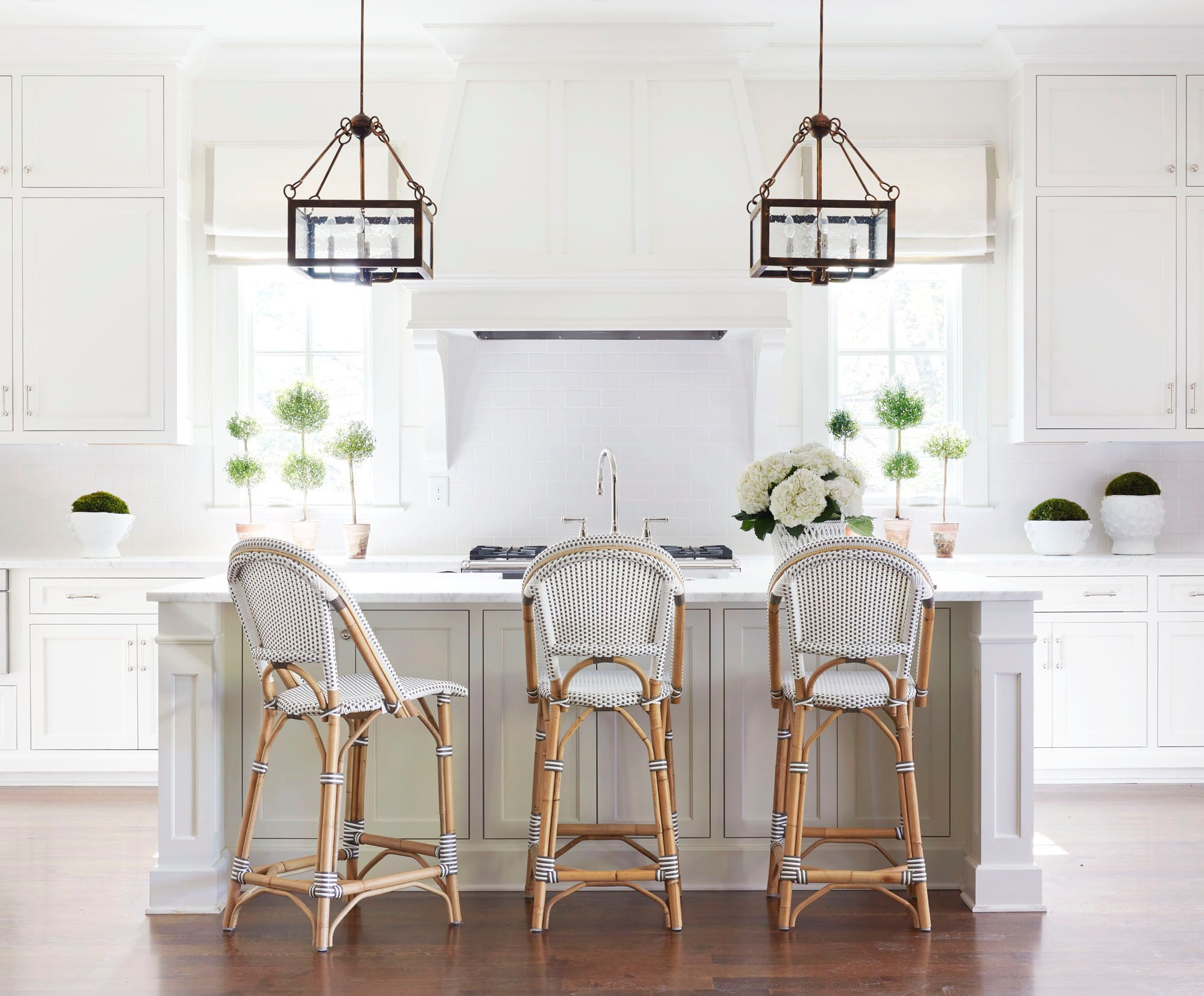 Bright white and grey open kitchen with island. | Bistro Ideas ...