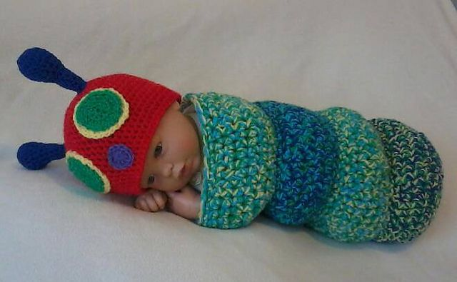 Snug as a bug baby caterpillar cocoon pattern by Little crochet shop