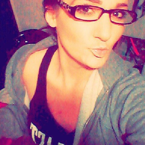 #gymsesh #everlast #snapfitness #foureyes #onpoint :) by tamraanderton