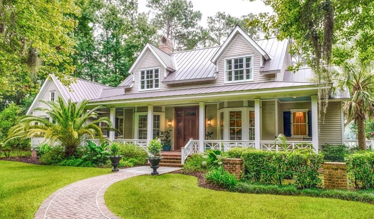 Just 18 miles south of savannah georgia is the desirable for Savannah style house plans