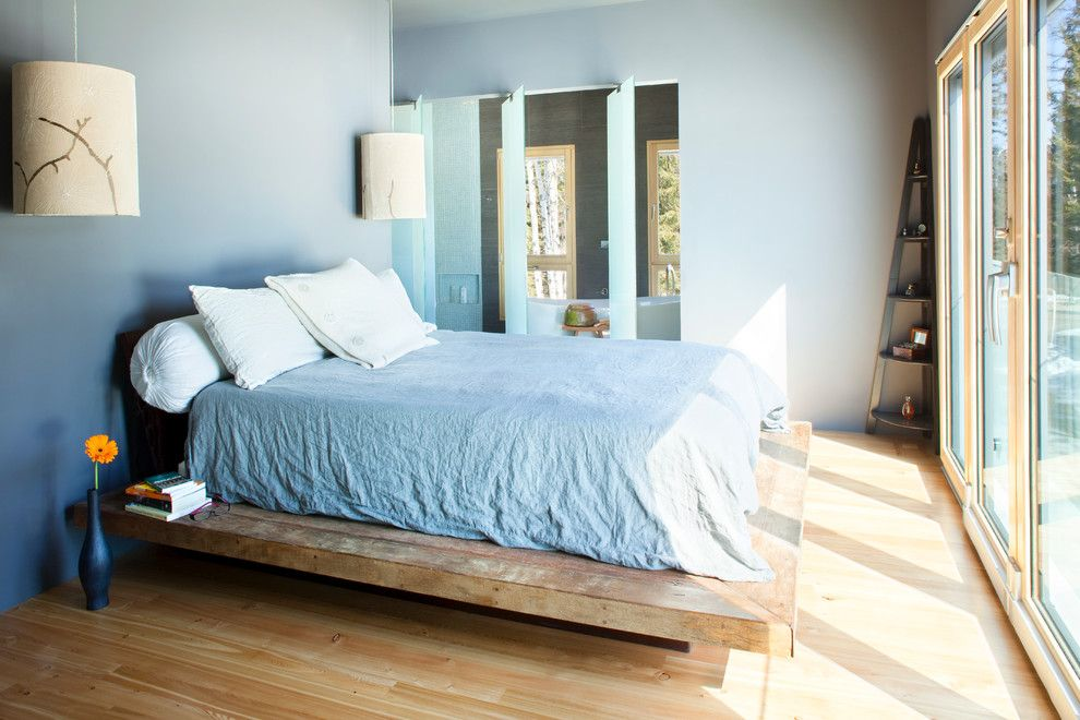 stunning decoration of home using ombre technique small wooden bedroom ombre wall colorful home design