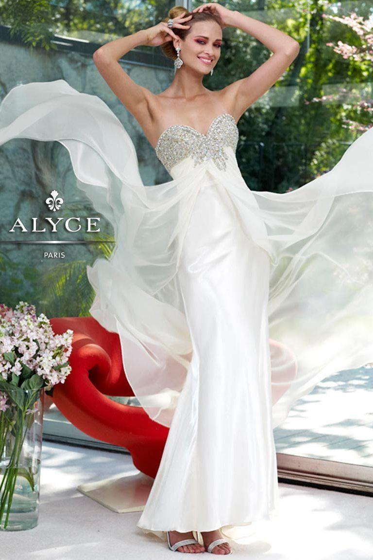 Pretty flowy white prom dress alyce