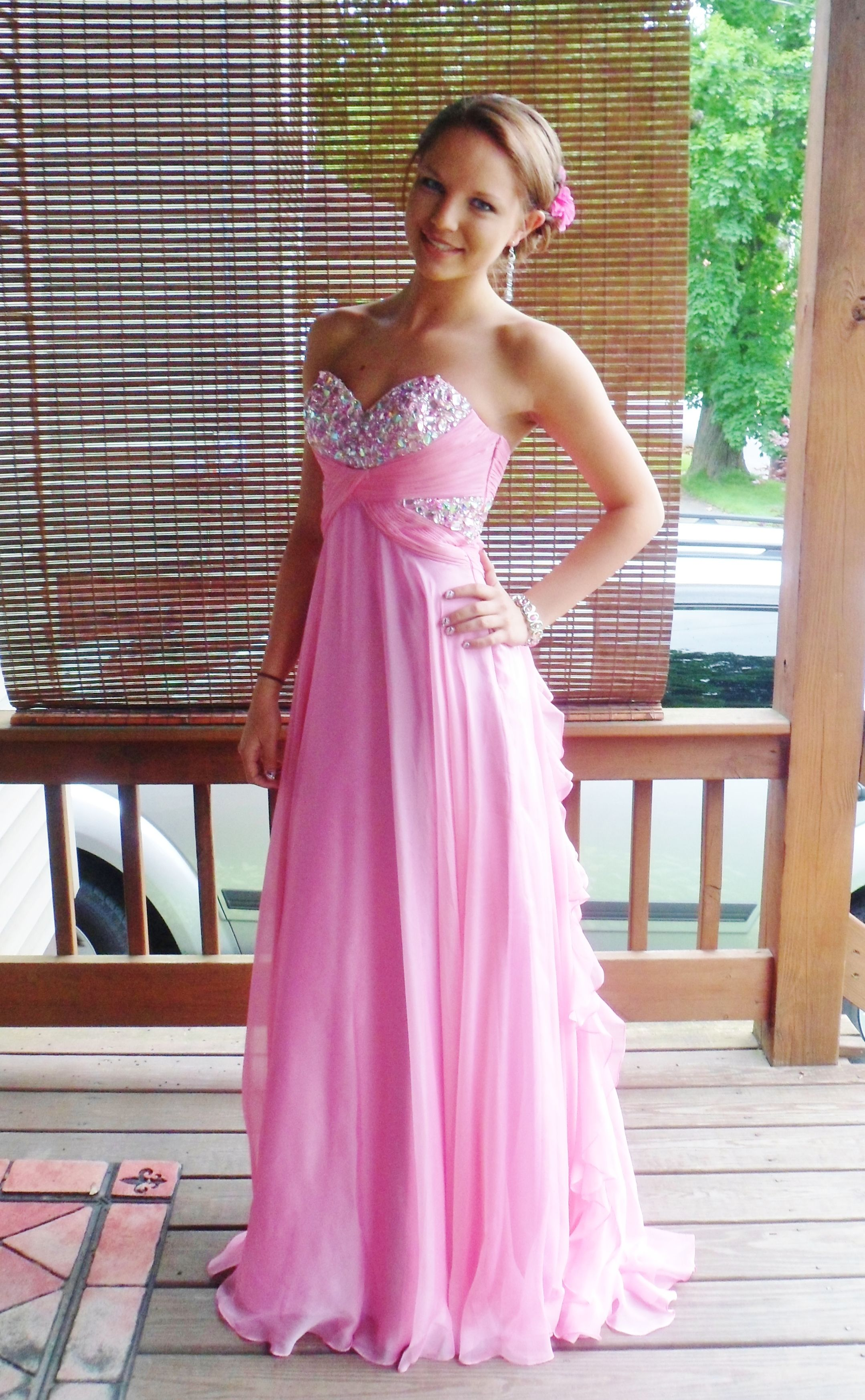 Pin de Taylor Hile en Pink Prom | Pinterest | Vestidos de fiesta ...