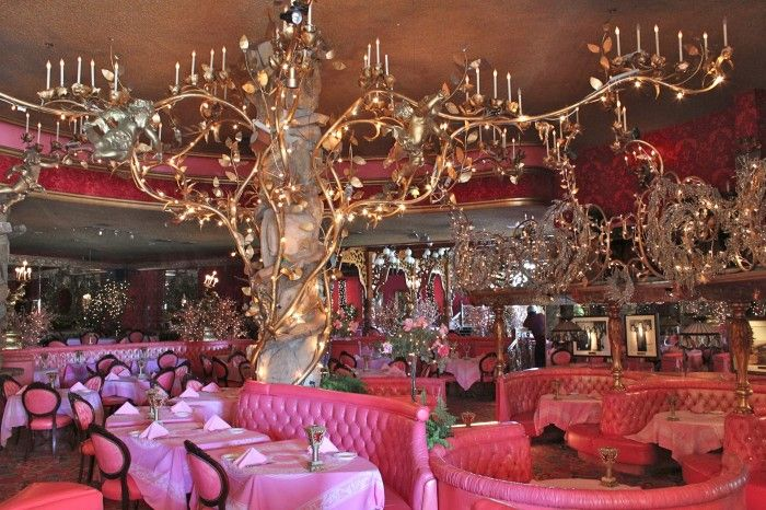 Dining Room At The Madonna Inn San Luis Obispo California Yes It Really Is That Color