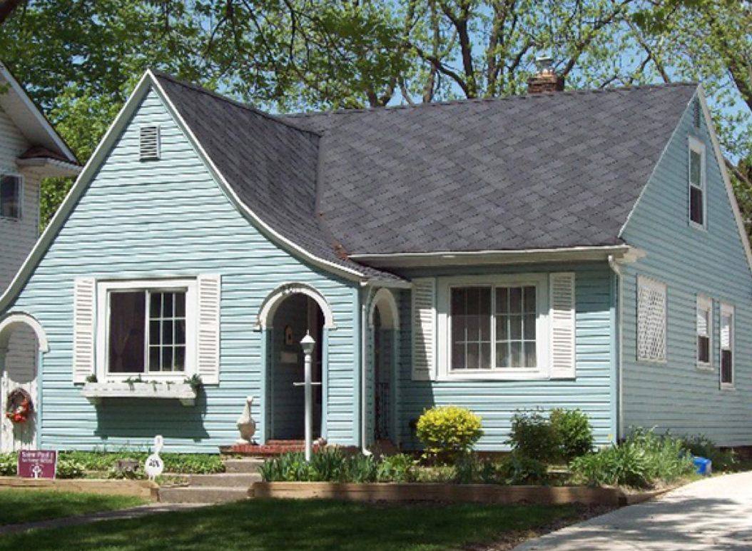Residential Art Loc Project Completed In Fort Wayne In Residential Roofing Roofing House Styles