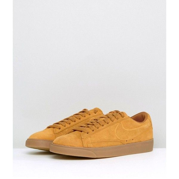 nike blazer low trainers in beige suede with gum sole ropers