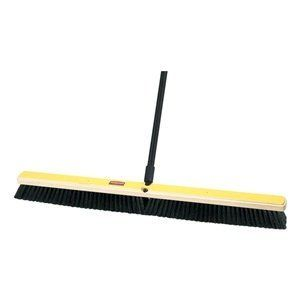 Push Broom Medium 36 In By Rubbermaid 34 32 Push Broom Medium Floor Sweep Block Type Hardwood Fill Type Polypropylene Trim Length 3 In Bris Push Broom