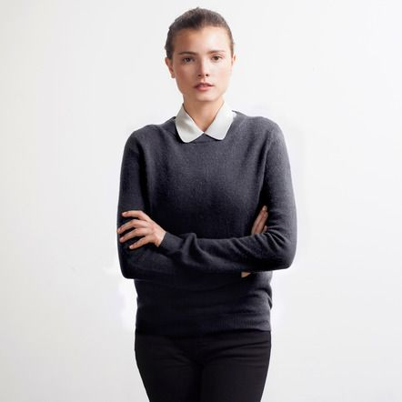 women's cashmere crew in charcoal / everlane