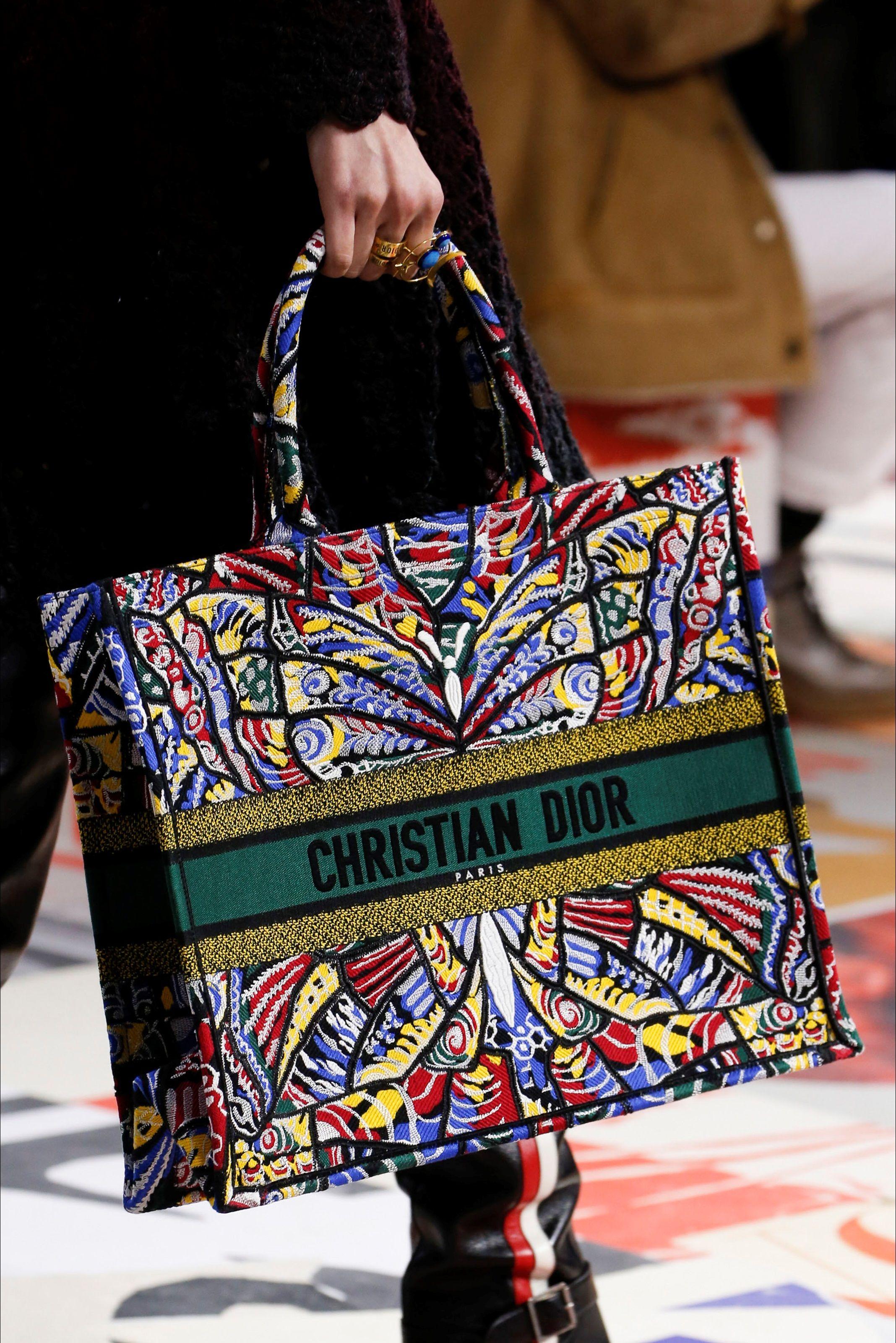 5d68ed7437ac Christian Dior Otoño Invierno 2018 2019 - Paris  Christiandior  pfw  fashion   readytowear