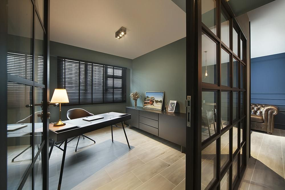 7 Dark And Dusky Homes In Singapore That Hit The Mark Interior Dark Interiors Interior Design Singapore