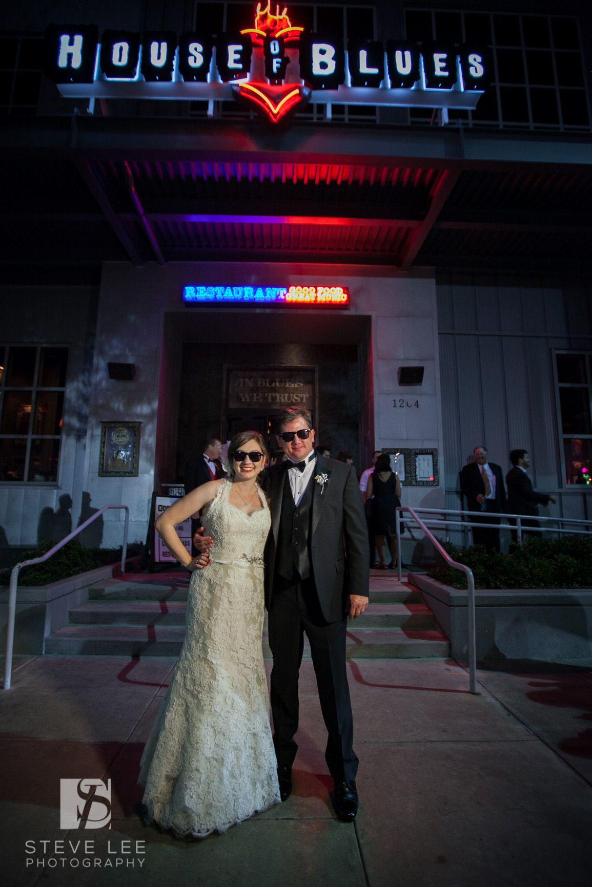 House Of Blues Houston Bride And Groom Steve Lee Photography Weddings Wedding Moments Wedding Photography