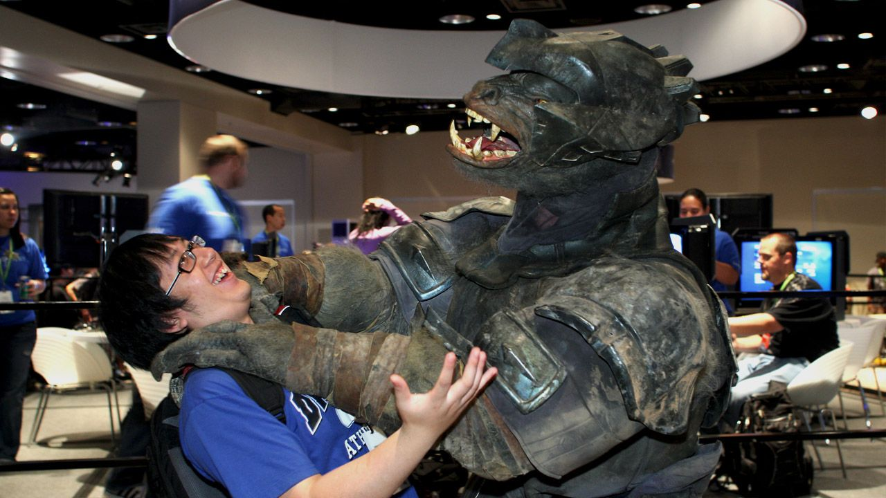 That's Brutal! Halo Cosplay Pinterest Cosplay, Halo