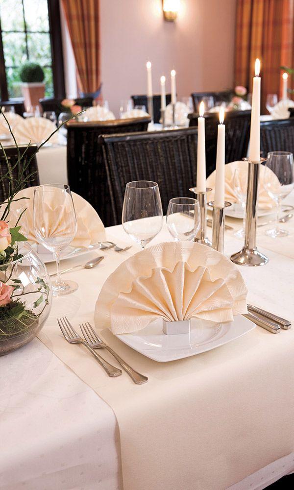 Elegant napkinfolding duni napkins   Napkins fold   Pinterest ...