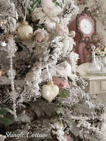 Shingle Cottage....❤: Christmas Eve