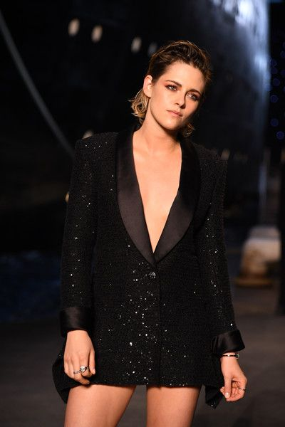 ff80638e Kristen Stewart attends the Chanel Cruise 2018/2019 Collection at Le Grand  Palais.