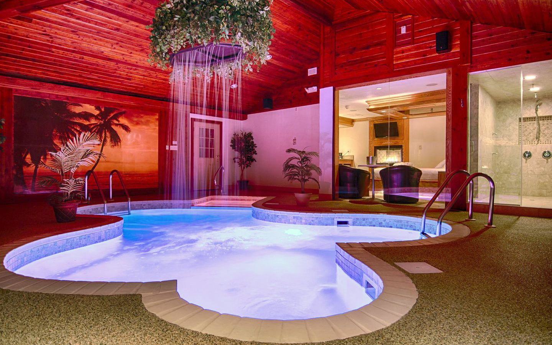 Paradise swimming pool suite sybaris romantic weekend - Washington park swimming pool milwaukee ...