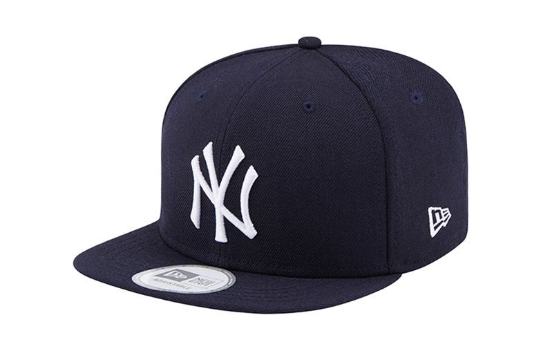 NEW ERA 39THIRTY BASEBALL CAP.NEW YORK YANKEES LEAGUE ESSENTIALBLACK HAT 9S2 62
