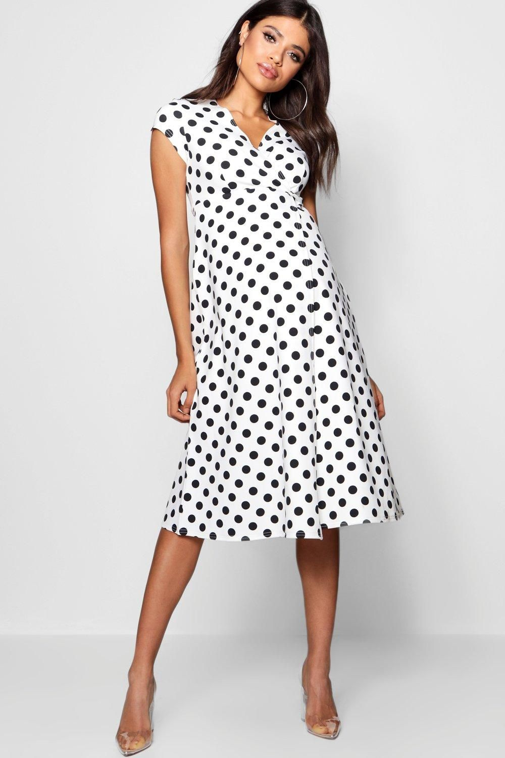 Terracotta Maternity Polka Dot Wrap Dress Boohoo Uk Stylish Maternity Outfits Maternity Clothes Going Out Dresses