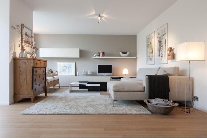 moderne salontafel island table cappellini- kleed bic carpets sand- porro modern - Portfolio van Domez, Interieurarchitecten in Woerden