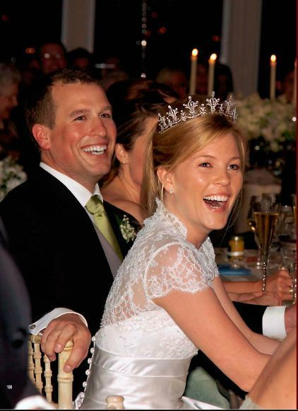 When Peter Phillips Married Autumn Kelley In 2008 The Bride Wore Princess Anne S Diamond Festoon Tiara It Was Loaned To Her By Mother Law