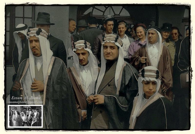 الامير نواف بن عبدالعزيز و الملك فهد بن عبدالعزيز و الامير عبدالله الفيصل و الامير محمد بن عبدالعزيز Saudi Arabia Prince Young Prince King Faisal