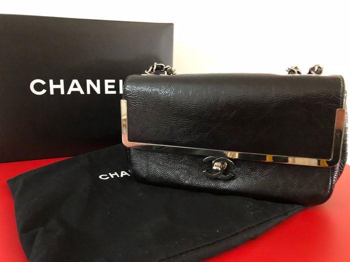 2b3509ddf16d Attualmente nelle aste di #Catawiki: Chanel - Glazed Calfskin SIngle Flap  Bag Borsa a spalla