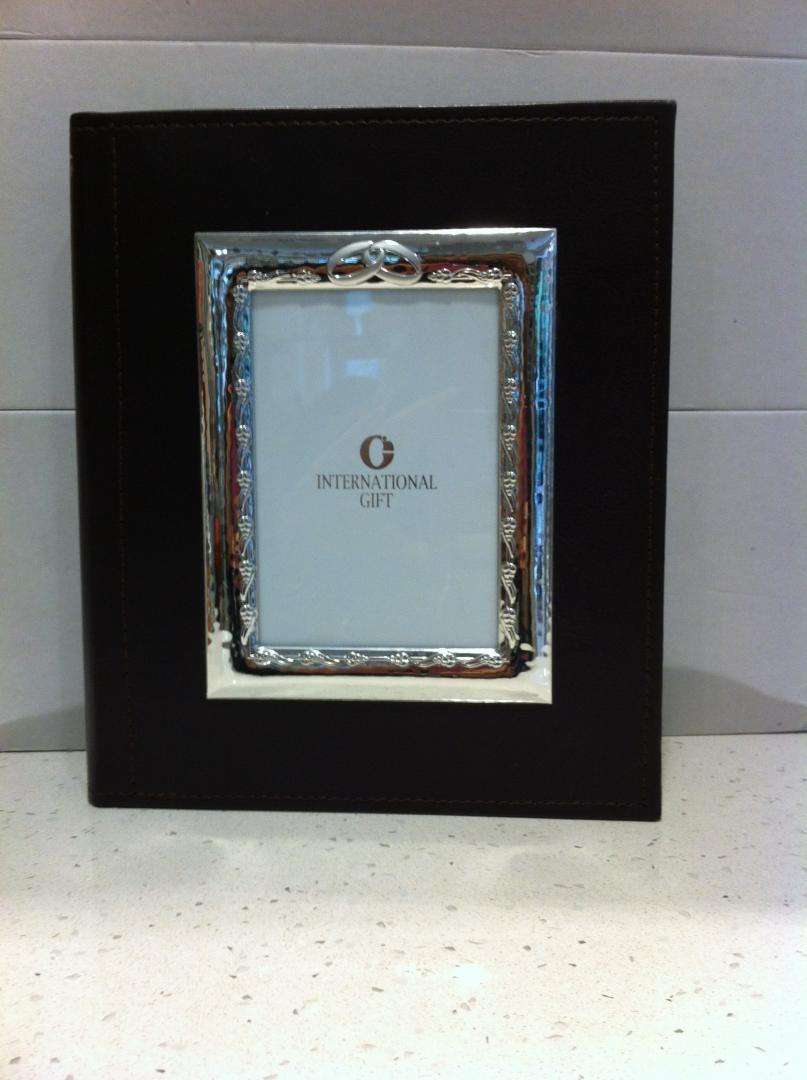 Album porta foto in pelle con cornice d'argento Cornici