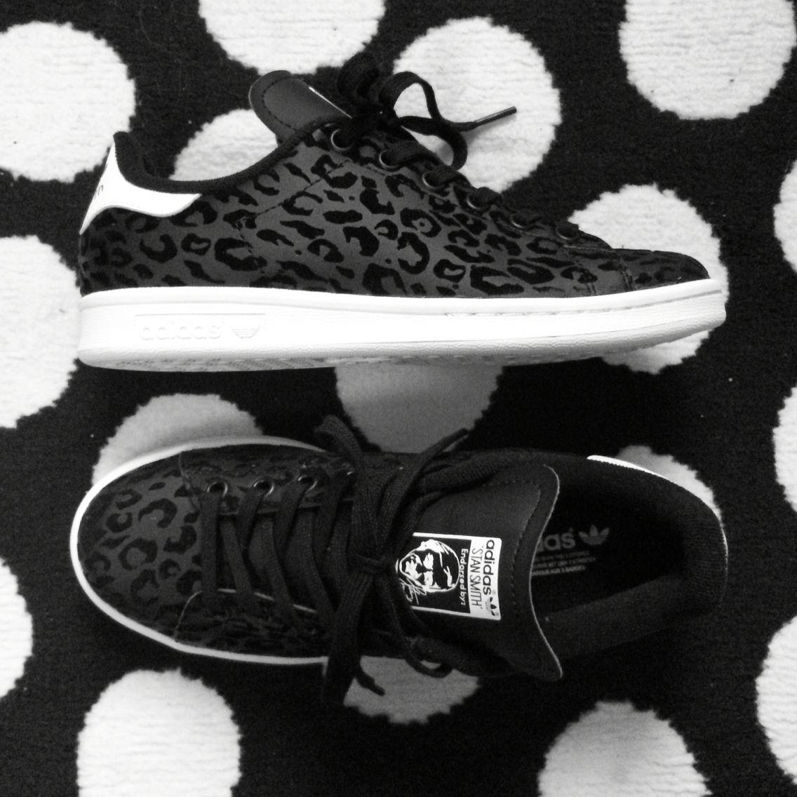 d7f9ed1cb27 Adidas Stan Smith Black Leopard   fashion, 2019   Shoes, Black ...