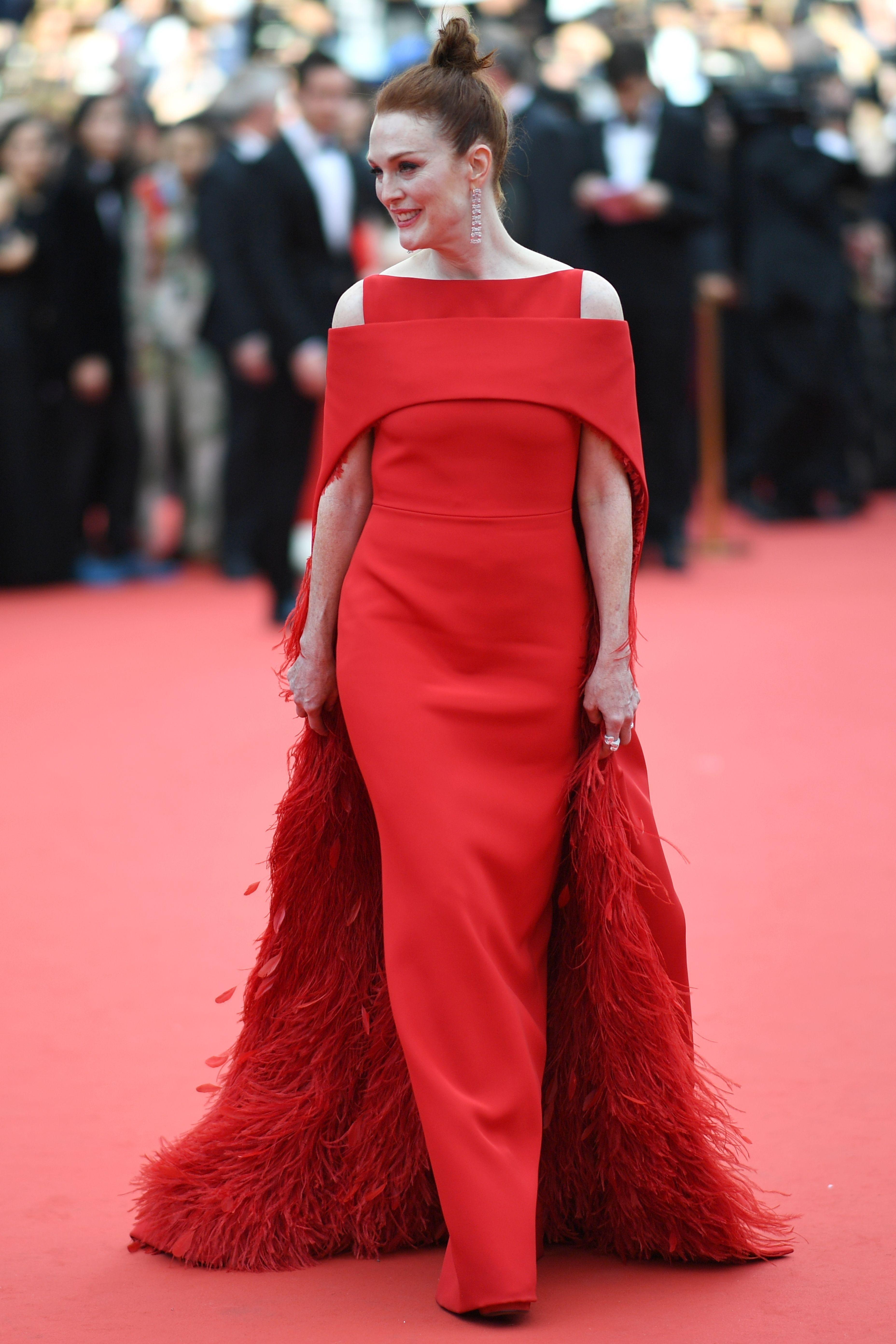 Abiti Da Sera Givenchy.Julianne Moore In Givenchy Couture Con Immagini Red Dress