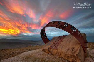 """Reloj de sol de """"La Peñuca"""" (Santander, ES), 45 Tm"""