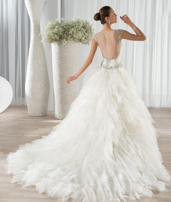 Dimitri Wedding Gowns: Demetrios Wedding Gowns Style 654, 2016 Collection, Bridal