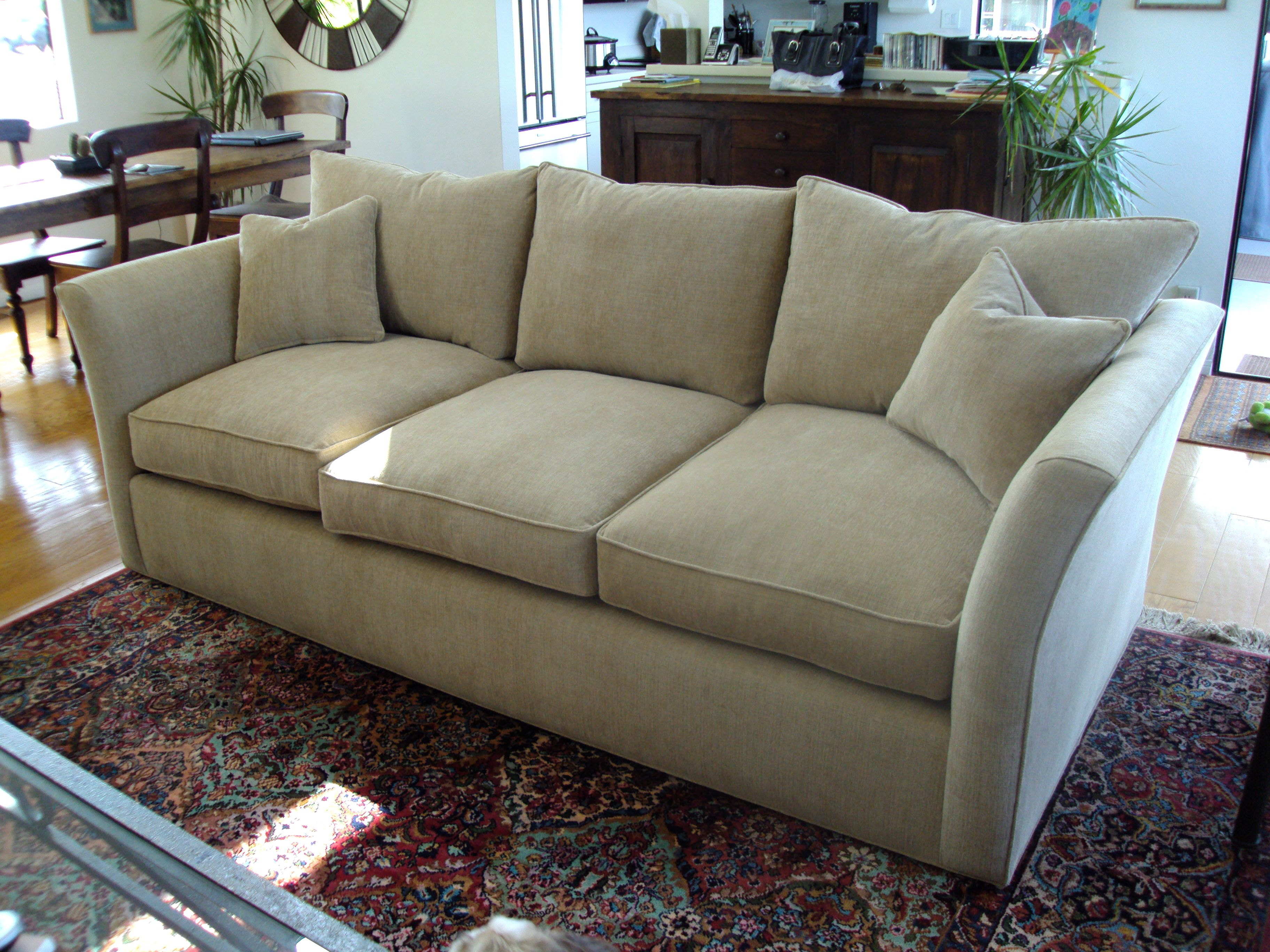Can A Leather Couch Be Reupholstered