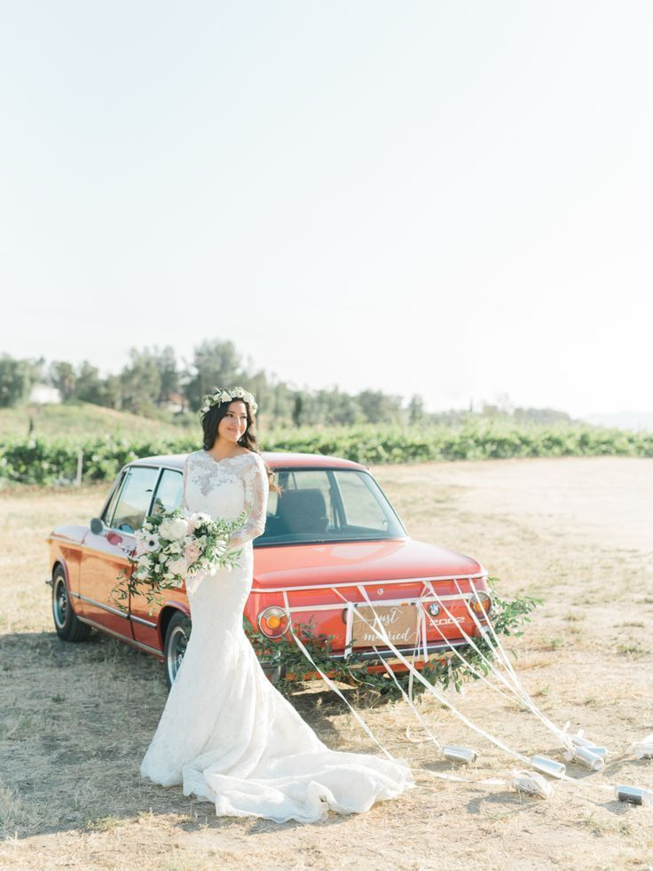 Tendance Robe du mariage 2017/2018  Winery wedding: Photography: Anya Kernes  www.anyakernespho  Tendance Robe du mariage 2017/2018 Description Winery wedding: Photography: Anya Kernes - www.anyakernespho