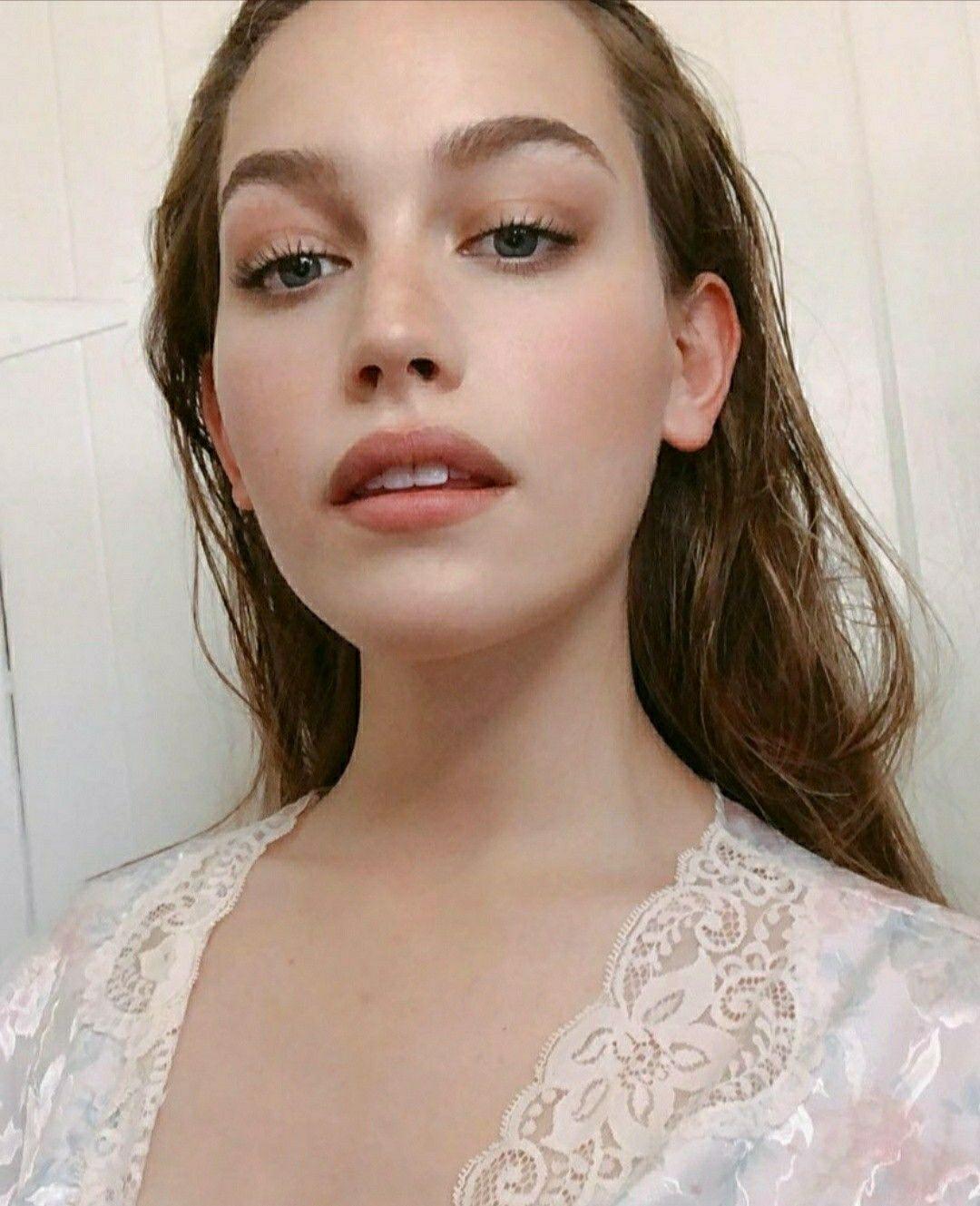 Victoria Pedretti Beauty Victoria Pretty Face