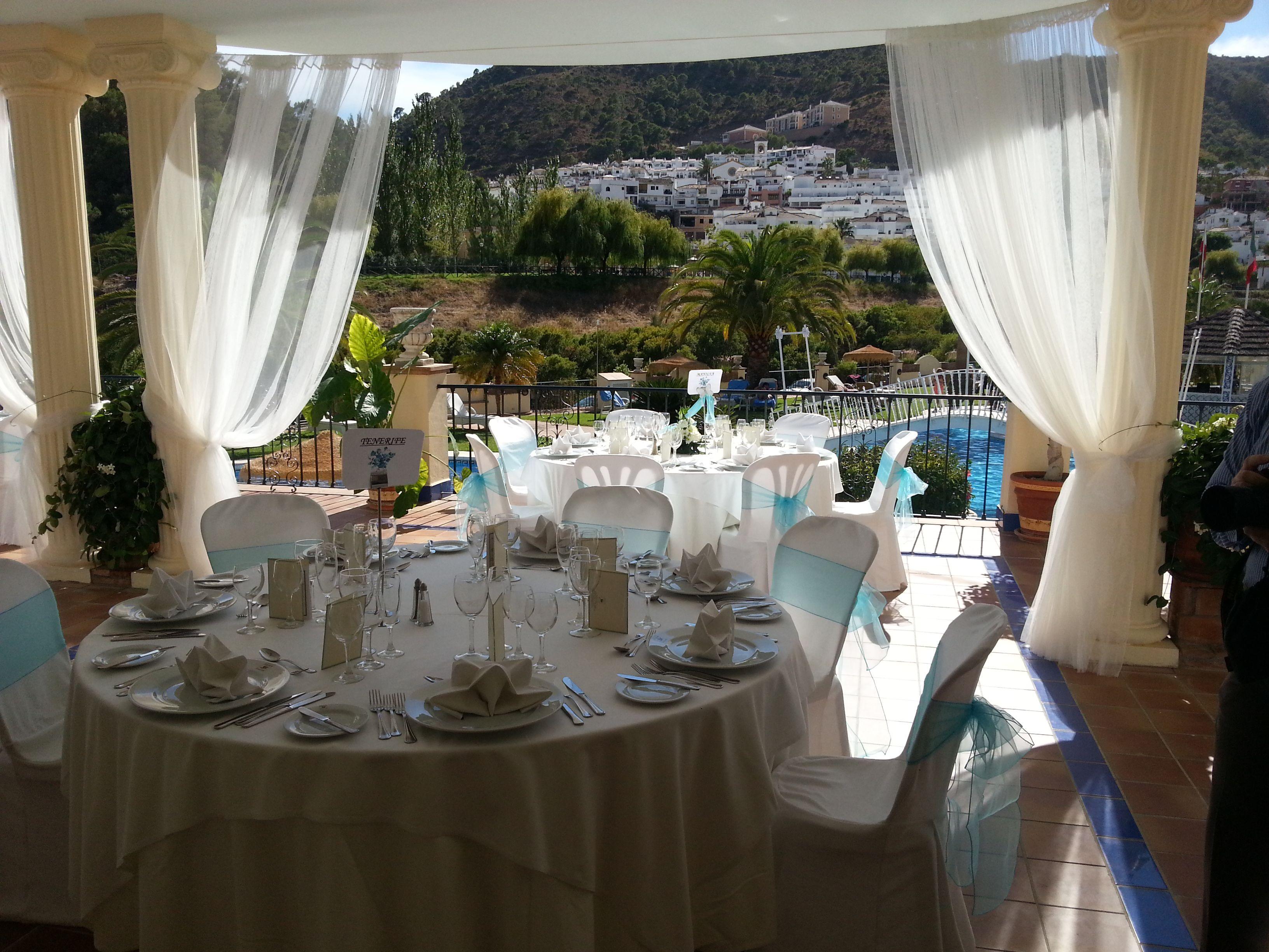 Montaje Cena En La Terraza De Los Molinos Gran Hotel Benahavis Home Decor Table Decorations Home