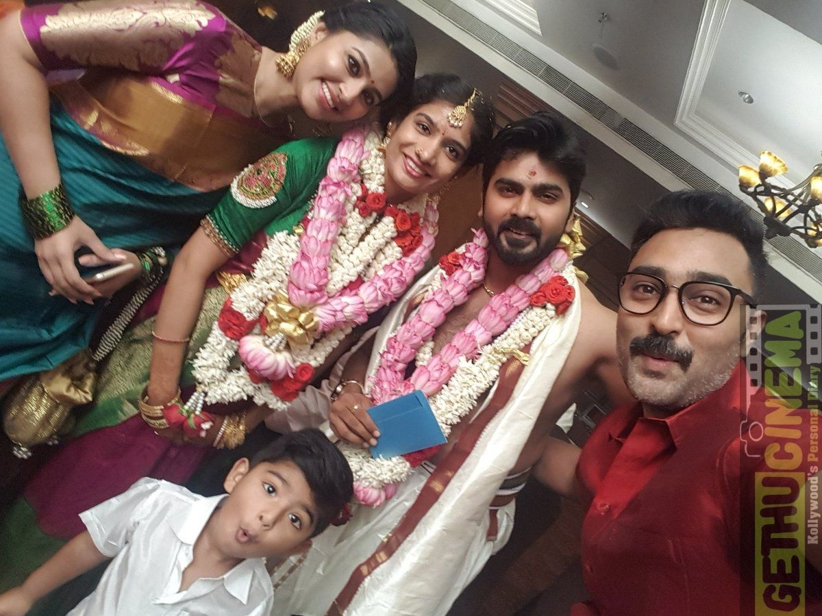 Prasanna & Sneha 2018 Family Picture Collection Picture