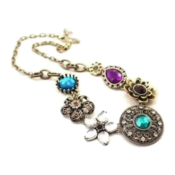 Retro Rhinestone Flower Pendant Necklace For WomenNecklaces | RoseGal.com